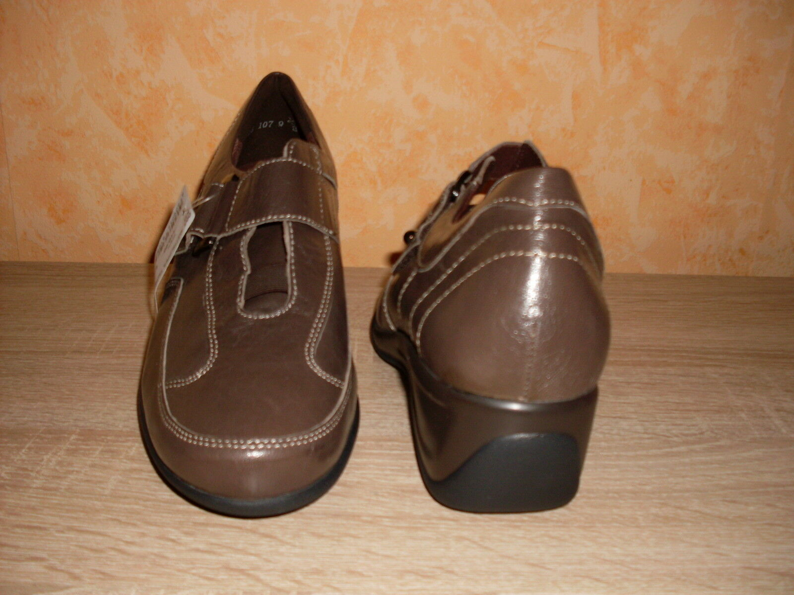 Theresia NEU M. HARLET Edle Klettslipper NEU Theresia Gr. 8,5 42,5 G in taupe & Lackleder ab10ce