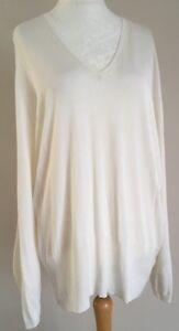 BNWT-Ladies-Marks-And-Spencer-Soft-White-V-Neck-Fine-Knit-Jumper-Size-20
