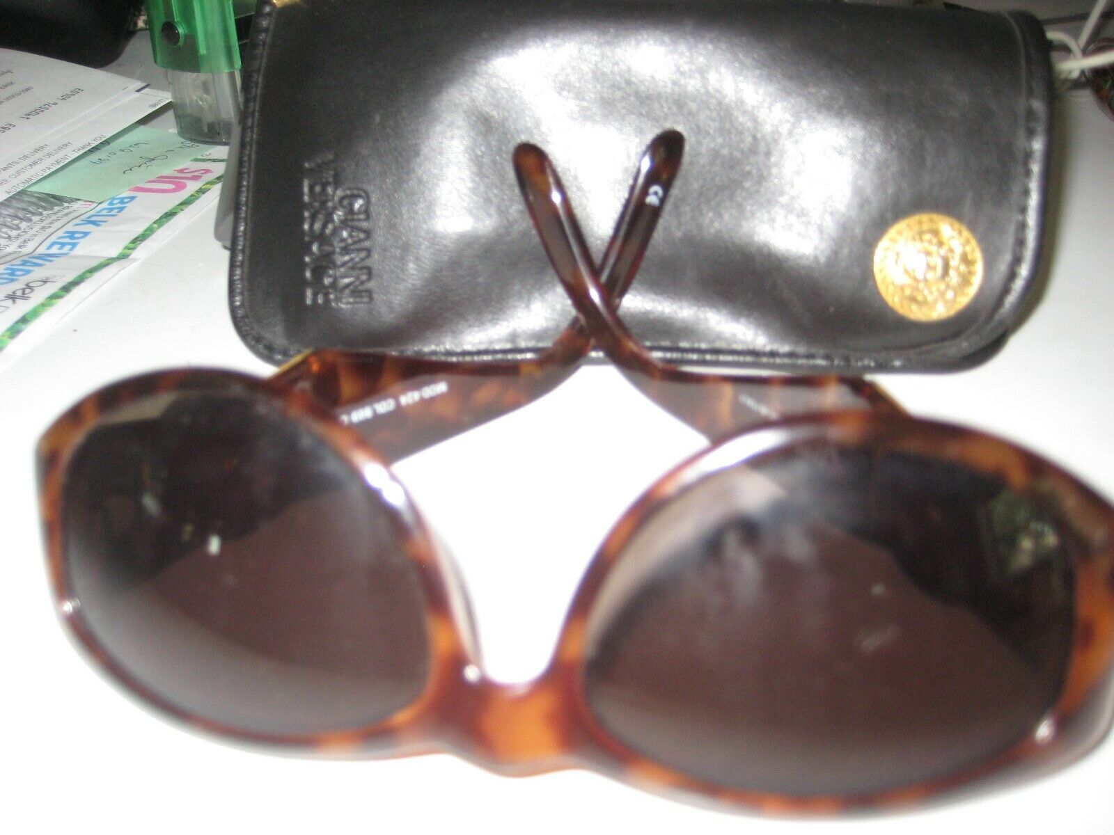 G.Versace rare Vintage Mod.424 col.869 Large medusa logo ITALY. 1980 with case