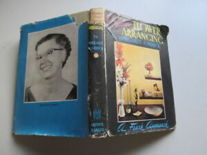Good-Creative-Flower-Arranging-A-Fresh-Approach-Margaret-Carrick-1957-01-01
