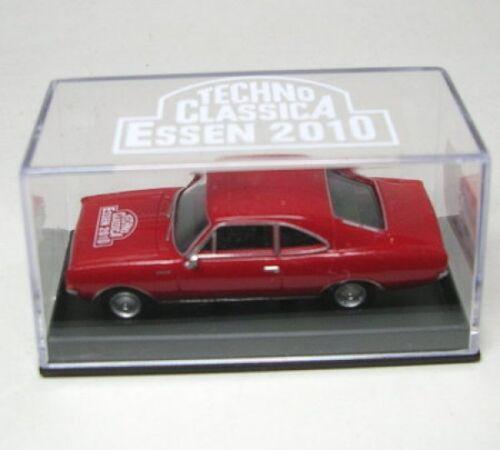 Opel Rekord Coupe rojo techno Classica 2010