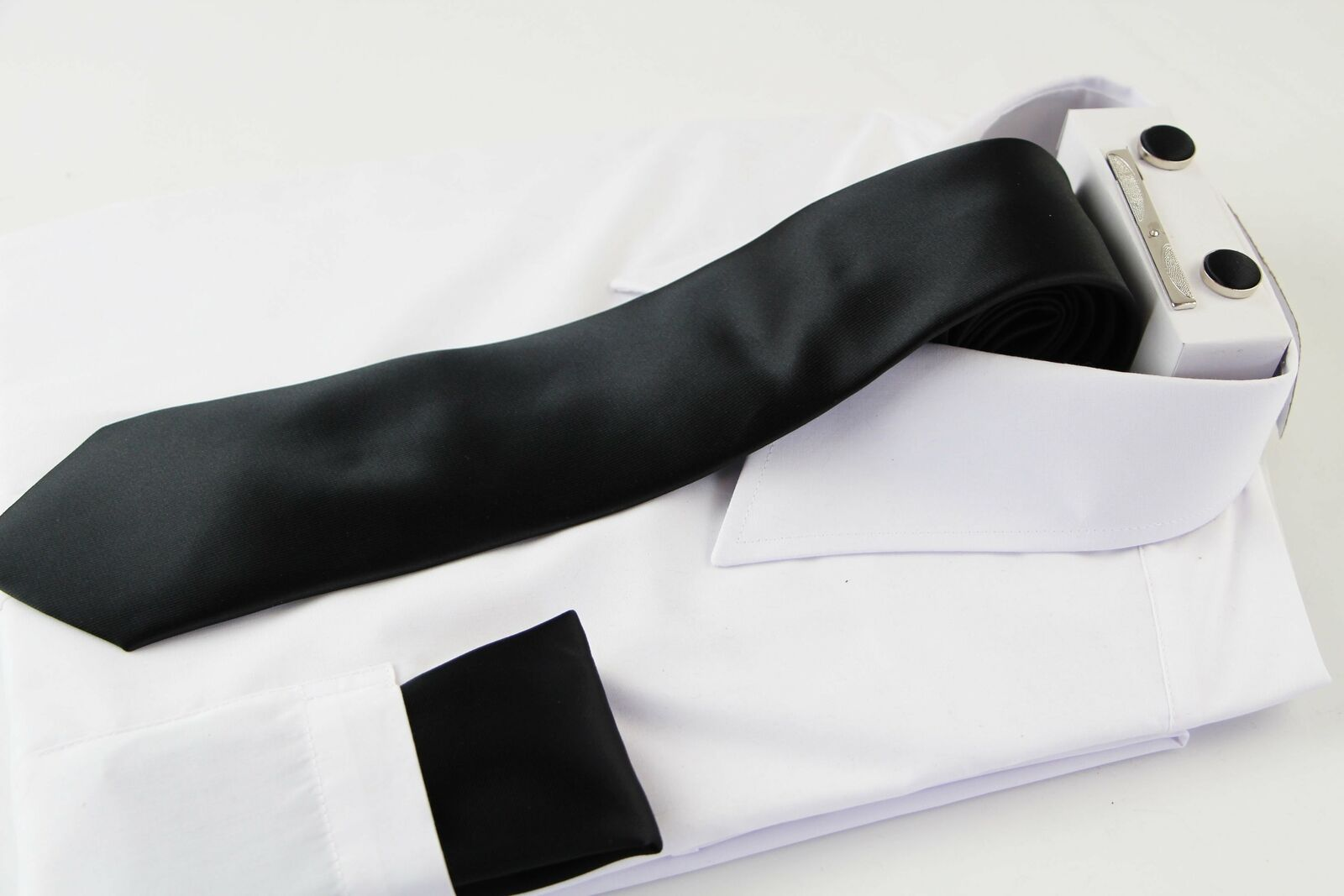 Mens Black Matching Neck Tie, Pocket Square, Cuff Links And Tie Clip Set