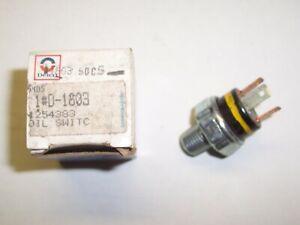 NOS Chevrolet Buick Oldsmobile Pontiac GMC Oil Pressure Switch Delco GM 10002798