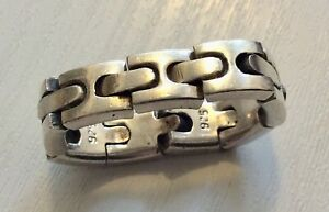 Unusual-Heavy-Solid-Silver-Fully-Hallmarked-Flexible-Link-Gents-Ring-Size-T