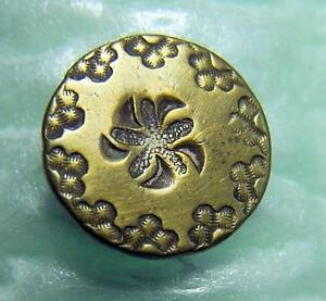 Early-American-Gold-Gilt-Button-Stylized-Flower-Partial-Back-Mark-1800-039-s-AF