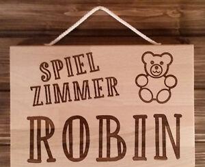 Holzschild-mit-Wunschgravur-massiv-Buche-Spielzimmer-Kinderzimmer-Raeuberhoehle