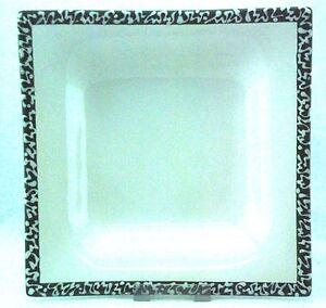 Gmundner-Keramik-Selektion-Smaragdgruen-Suppenschale-quadratisch