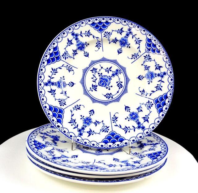 RIDGWAY LAWLEY ENGLAND BLUE DANISH BLUE & WHITE 4PC 9 7/8