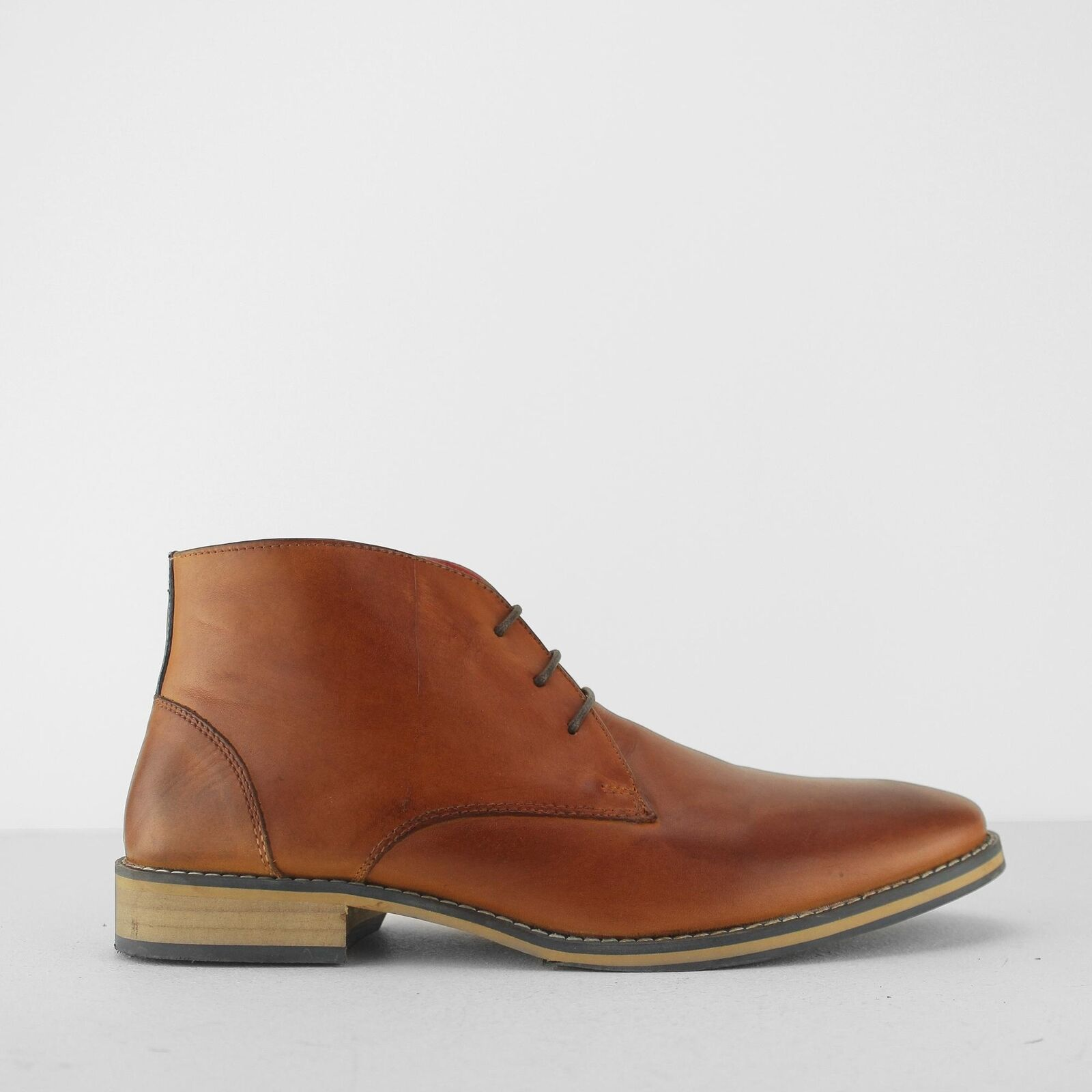 Front LOGAN Mens Smart Casual Smooth Leather Burnished Lace Up Chukka Boots Tan
