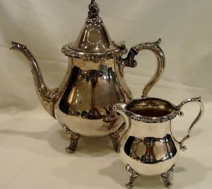 Wallace-1100-Silverplate-Coffee-or-Tea-Server-amp-Creamer