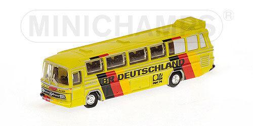 Mercedes-Benz O302 (LHD) Fussball-Weltmeisterschaft, Mannschaftsbus BRD 1:160