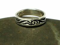 Unisex Sterling Silver 925 Ring - Size: O - Gift Boxed
