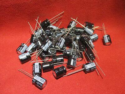 125℃ Nichicon Aluminum Electrolytic Capacitors UBT1A331MPD 330uf 10v