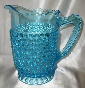 "Antique Glass WATER PITCHER- ""Blue cloutés W empreinte base""- Doyle et Co 1884-afficher le titre d`origine xuYejKCf-09155848-519449812"