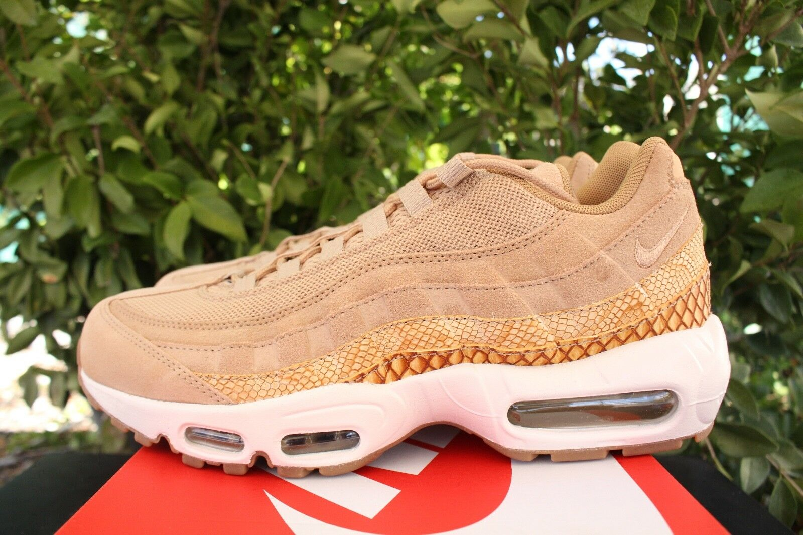 on sale 42086 3bf89 NIKE AIR MAX 95 PREMIUM SE SZ 8.5 TAN gold 924478 201 VACHETTA SNAKE  nzaryo834-Athletic Shoes