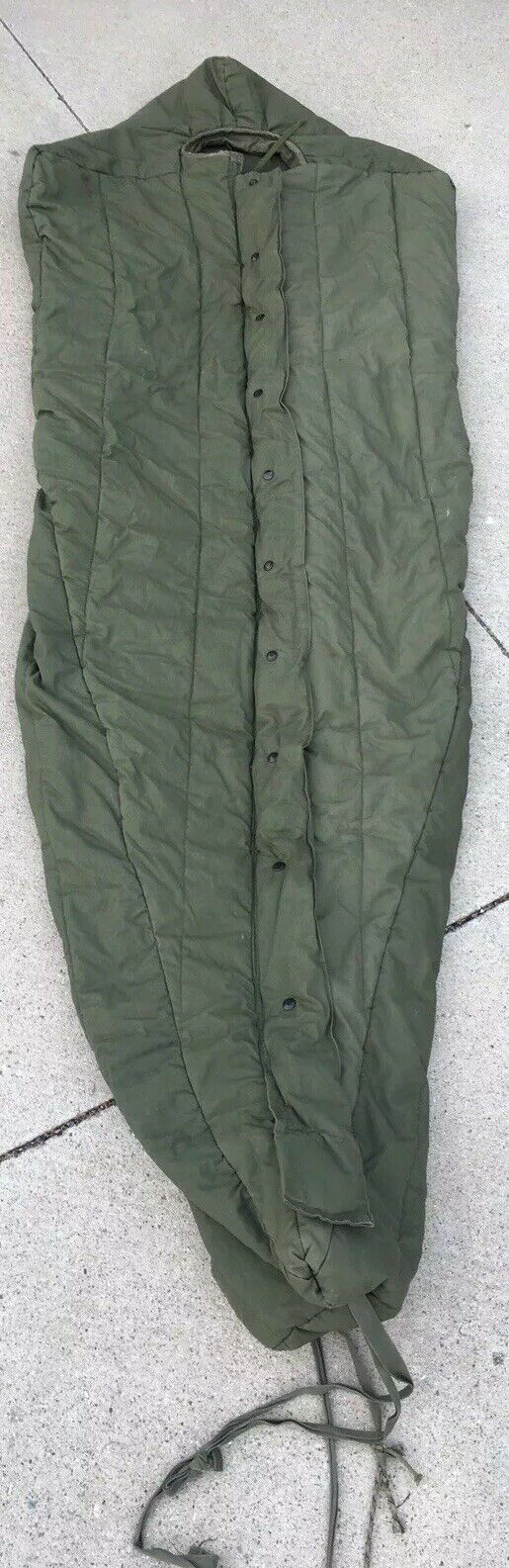 Vtg US Military Army Intermediate Cold Weather Mummy Sleeping Bag W/ Hood