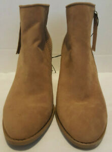 Universal-Thread-Chrissy-Women-039-s-Laser-Cut-Micro-Suede-Boots-SZ-9-5M