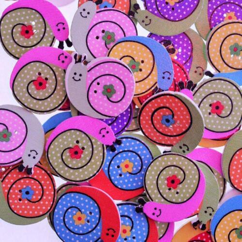 Lot de 10 Scrapbooking Couture Boutons en Bois Escargot Multicolore