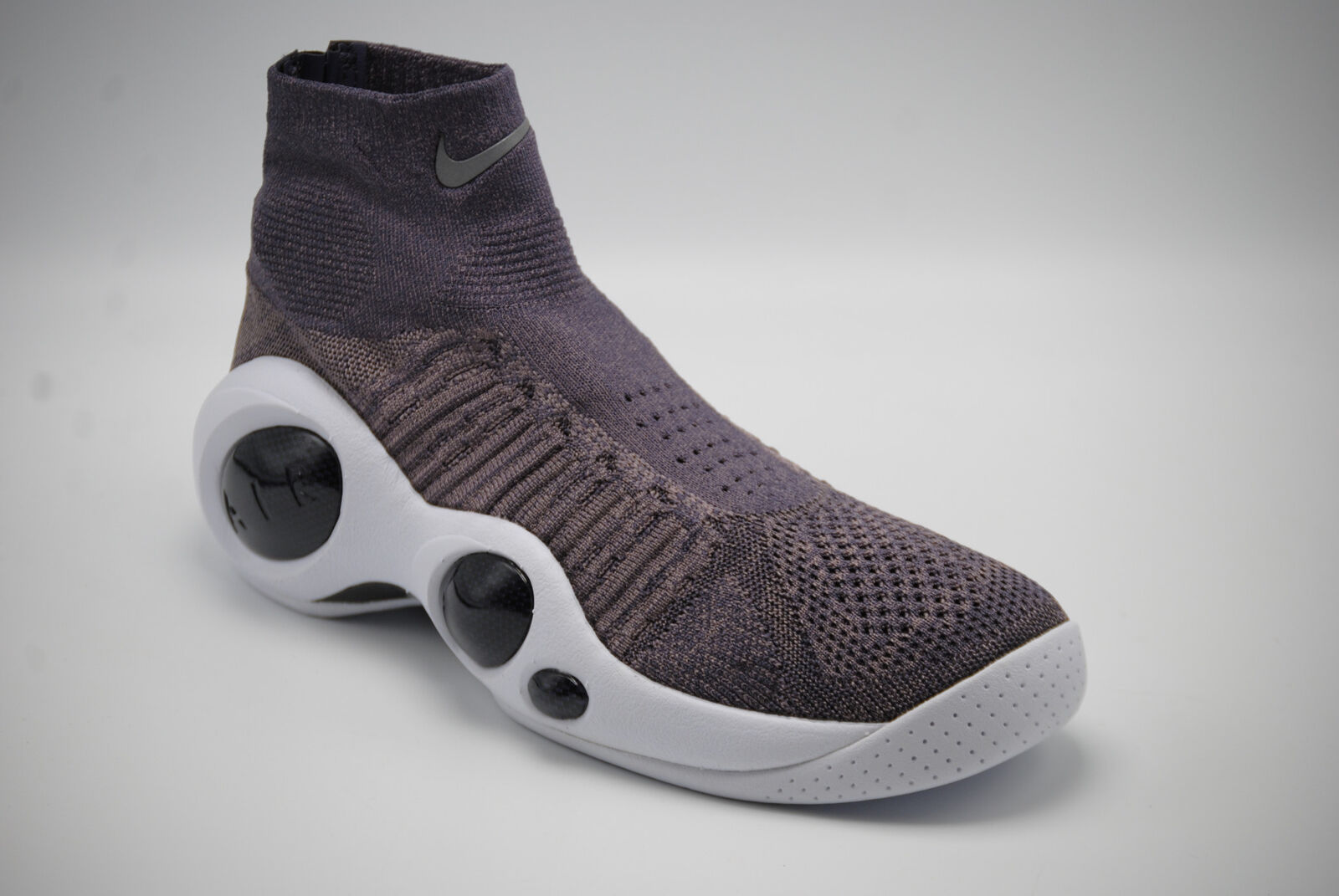 daf6cff342b2 Nike Flight Bonafide Men s Basketball Shoes A01745 003 Size 10 NWB ...