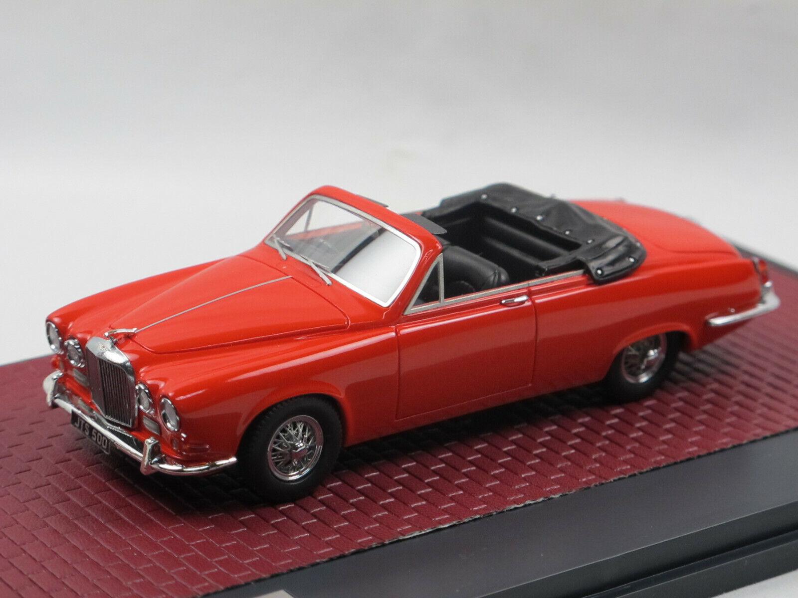 Matrix scale models 1967 jaguar 420 Harold radford converdeible rosso 1 43