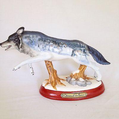 Porcelain Wolf Figurine Bradford Exchange  A3815