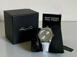 NEW-KENNETH-COLE-RHINESTONES-ACCENTED-WHITE-GENUINE-LEATHER-STRAP-WATCH-115