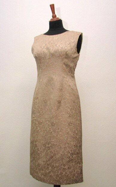 Edles Brokatkleid beige braun Kleid edel Maßanfertigung maßgefertigt Unikat