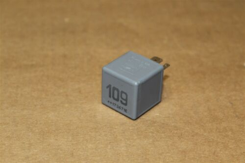 Diesel Engine 109 Control Relay VW Audi Skoda Seat Various 1J0906381A New gen VW