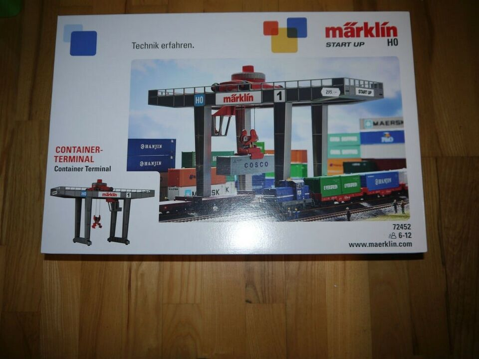 Containerkran / container terminal.. NY i Æske