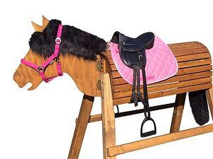 cheval saut à cheval de bois collés par assemblage.   Tête ca.113-117cm - Inclut attachement-glaze châtaigne