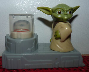 Real-Nice-2011-McDonalds-Star-Wars-Clone-Wars-Yoda-Levitator-Happy-Meal-Toy
