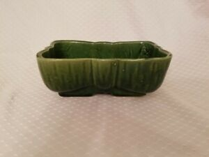 Vintage-UPCO-USA-Pottery-Planter-Green
