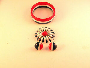 Patriotic-Red-White-Blue-Set-Bracelet-Pin-Earrings-vintage-jewelry-Gift-Stocking