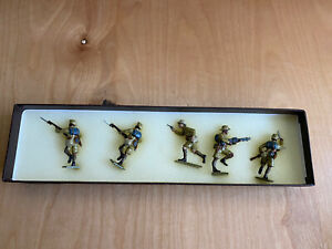 Toy-Army-Workshop-Frontline-Series-Lead-Soldiers-5-Pcs-Pre-Owned