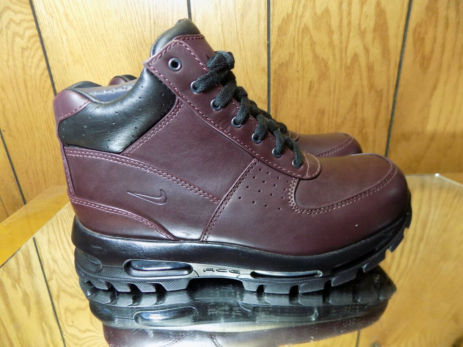 Nike Men's Air Max Goadome Burgundy Leather Boots Size 8