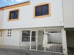 Casa en Venta en venta conjunto habitacional Regina, Granjas, Puebla.