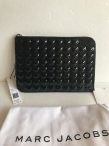 NWT-Marc-Jacobs-Heart-Leather-Zip-Pouch-Color-Black-150