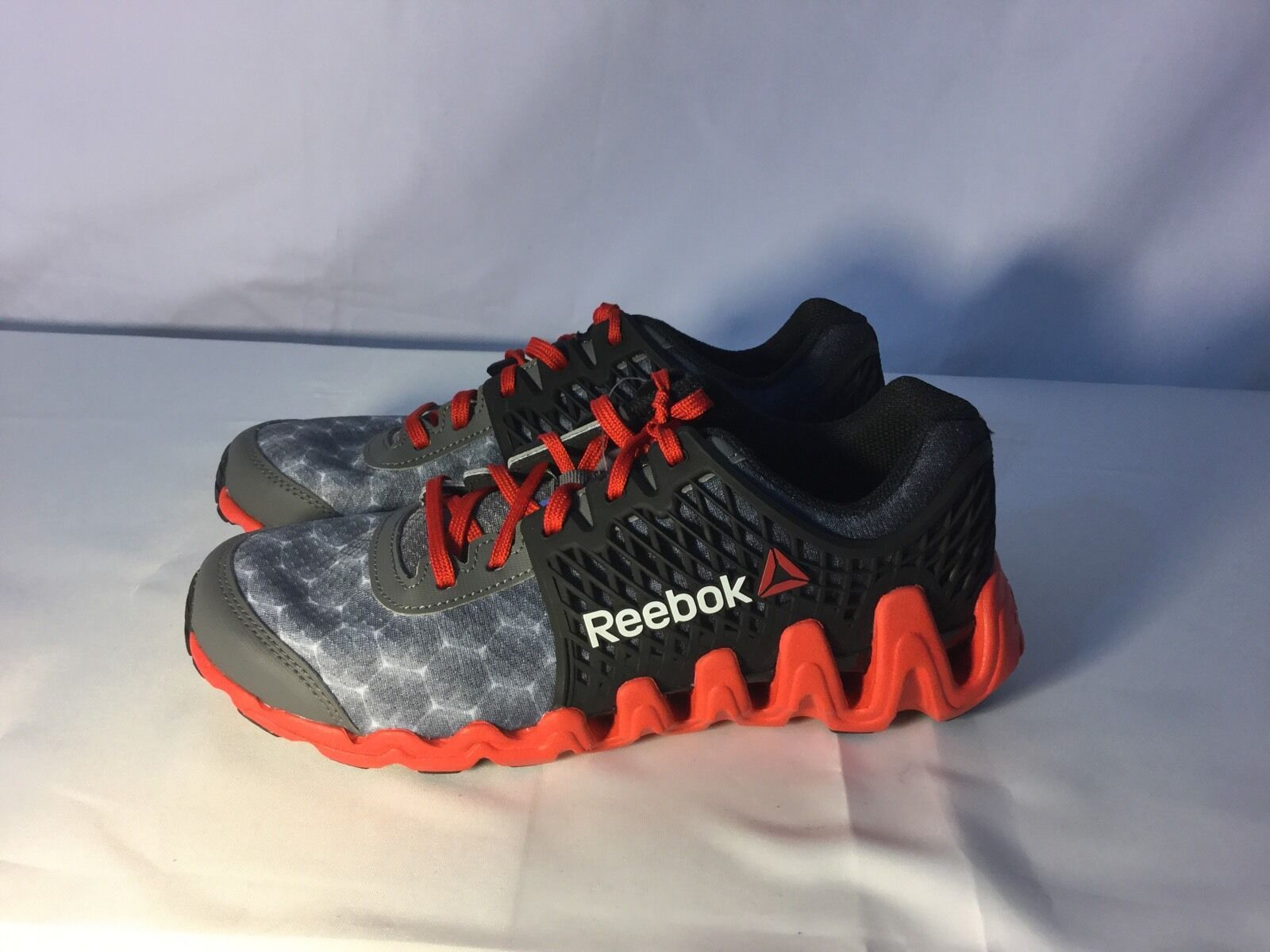 New Reebok ZigTech Black/Red Running Shoes - Men's Size 6 89.99