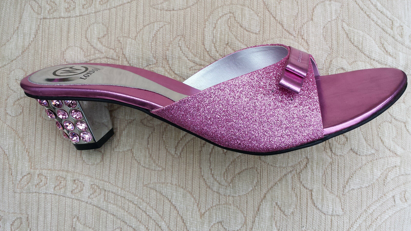 PINK LADIES WEDDING PARTY SLIPPER/MULES/<wbr/>BACKLESS SMALL HEEL SIZE 8