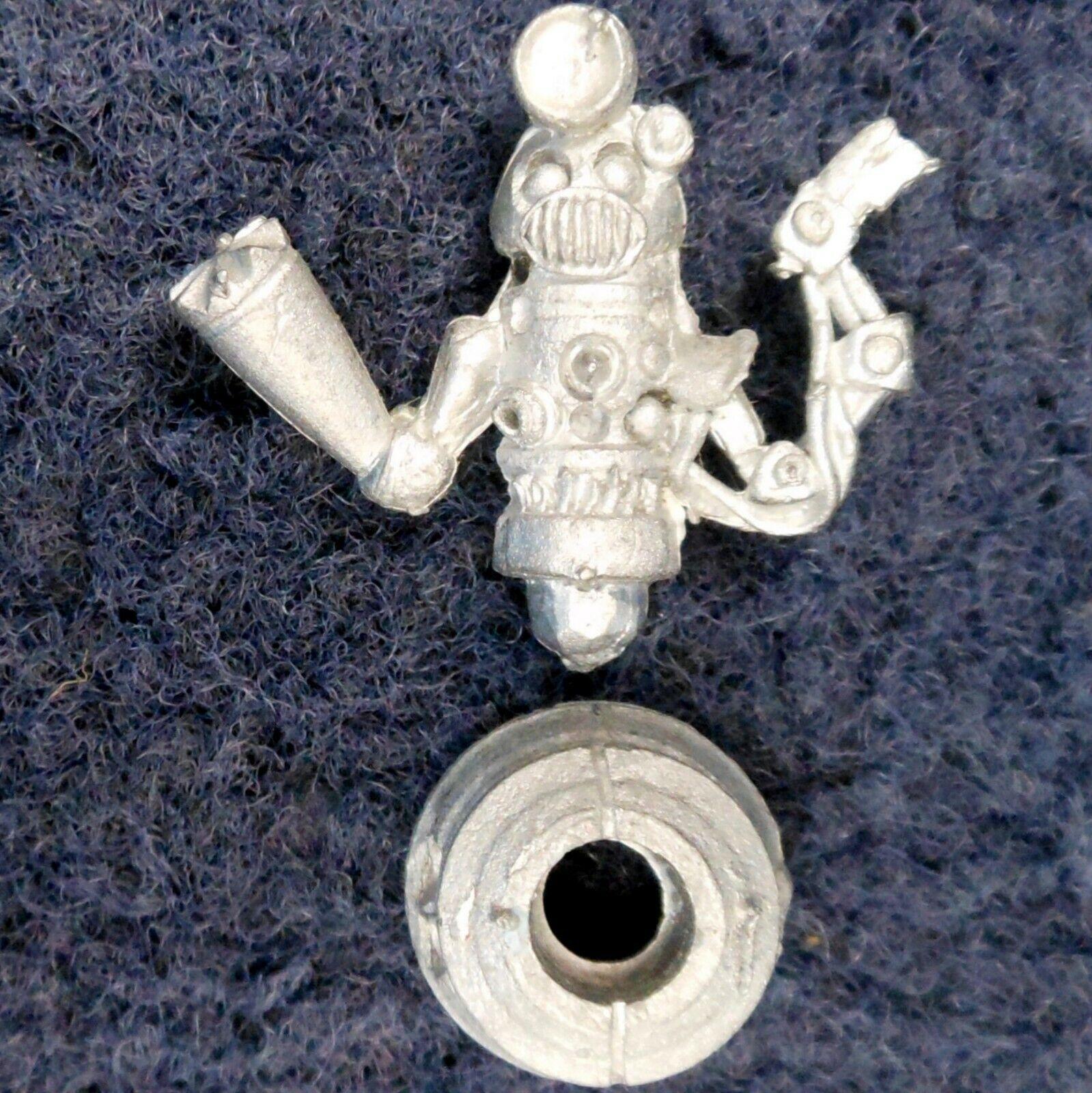1985 PARA3 Paranoia Docbot H Games Workshop Bot Droid Robot Troubleshooter SciFi