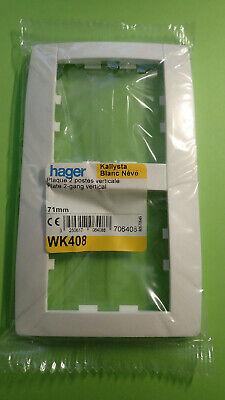 HAGER WK409 Gamme Kallysta Plaque 3 postes verticale blanc Névé entraxe 71