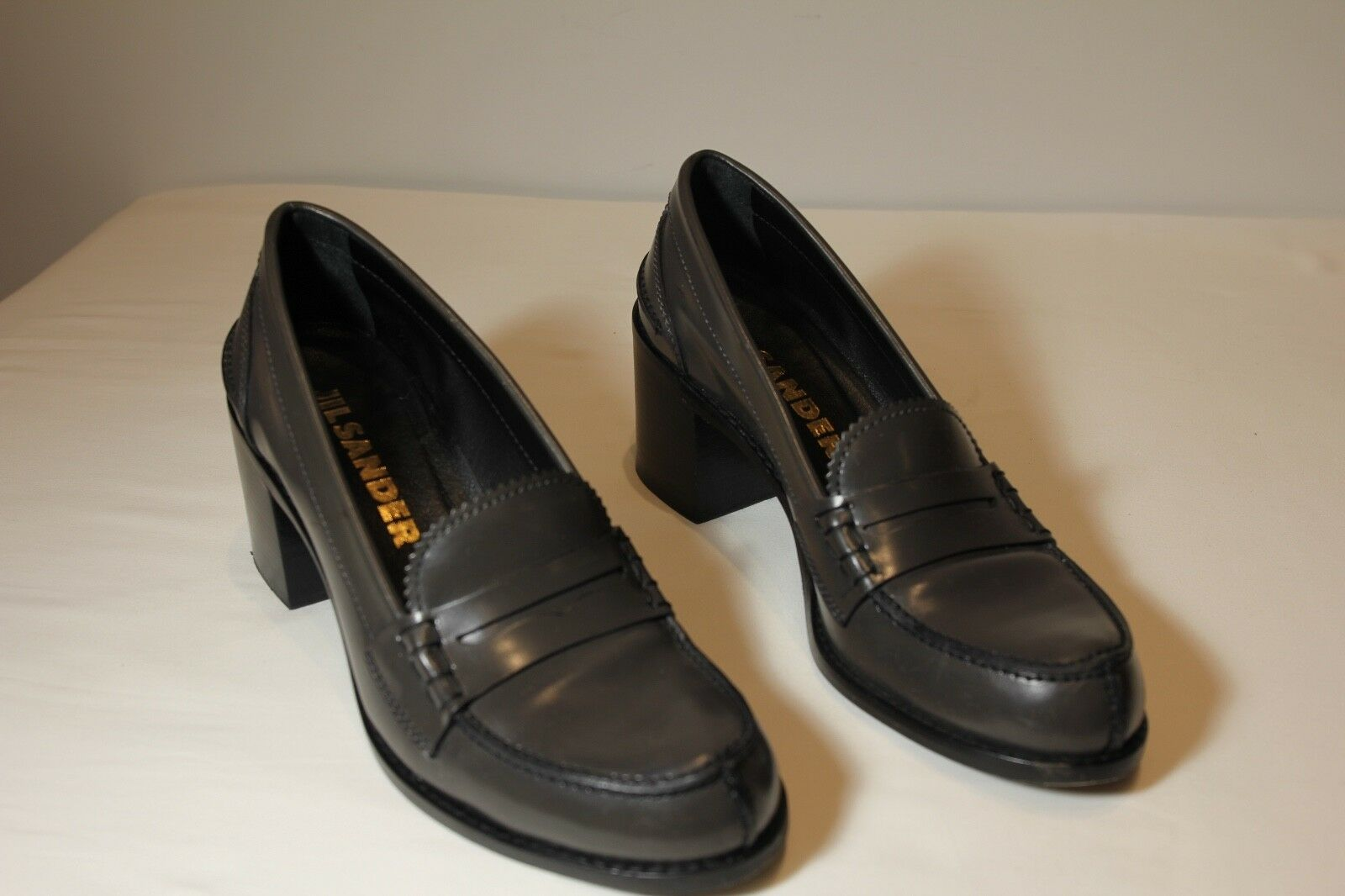 AUTHENTIC Jill Sander Grigio Loafers 36.5 with 2-Inch Heels Size 36.5 Loafers 2015e6