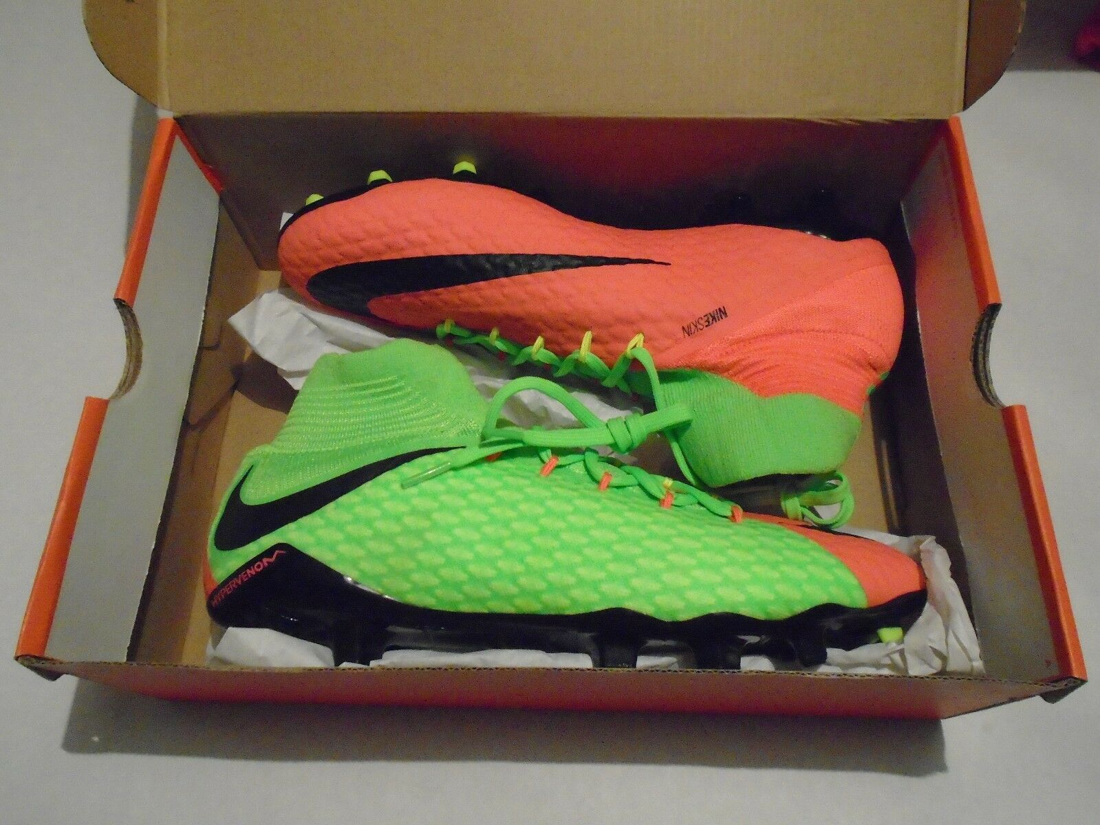 Nuevo FG en caja Nike hypervenom phatal III DF FG Nuevo hombre soccer cleats 852554-308 8e2c4a