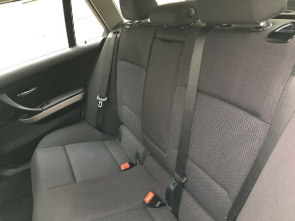 BMW 320d 2,0 Touring Steptr. - billede 5