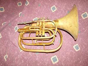 Vintage-1962-Conn-134-Marching-Mellophone-straight-bell-good-valves-slides