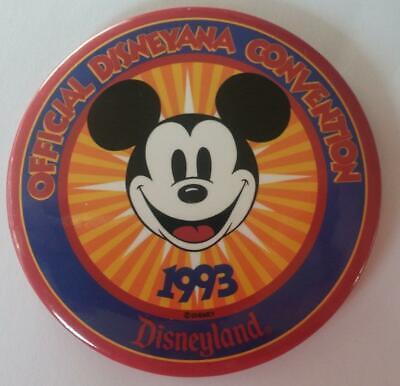Vintage 1995 Disneyana Convention Button