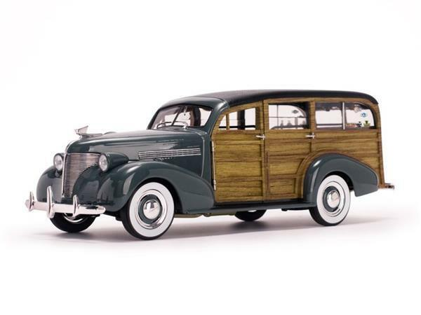 Sun Star Chevrolet Woody Surf Wagon 1939 1:18 6177