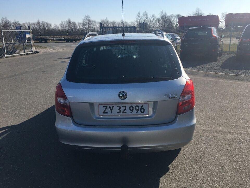 Skoda Fabia 1,4 16V Sport Benzin modelår 2009 km 214000