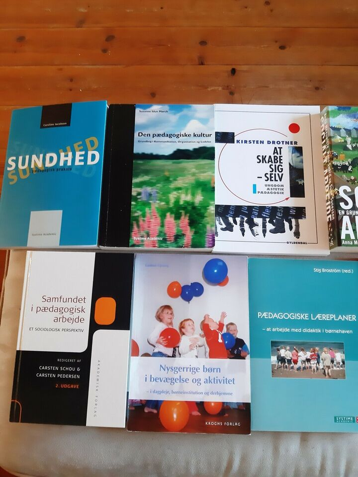 Fagbøger pædagogik og psykologi, Forskellige, år 000