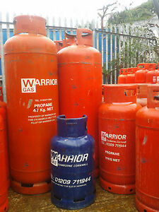 Decommissioned-Empty-Gas-Bottles-For-Scrap-DIY-Project